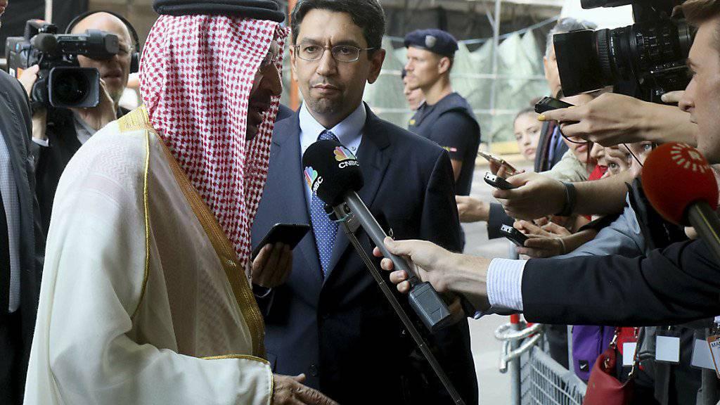 Der saudische Energieminister Khalid Al-Falih am «Opec+»-Treffen in Wien, an dem sich 24 Staaten auf eine Verlängerung des Erdöl Förderlimits geeinigt haben.