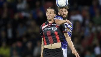 Xamax' Goalgetter Raphael Nuzzolo (links) schoss einen weiteren Sieg heraus