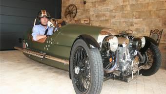 Daniel Graf in seinem Morgan «Threewheeler», einem Fahrzeug, das für Aufsehen sorgt.