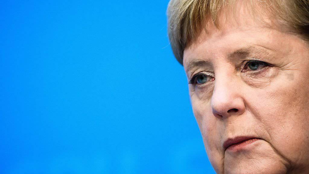 Die CDU steht zum Koalitionsvertrag mit der SPD - das betont die deutsche Kanzlerin Angela Merkel nach der Klausur ihrer Parteispitze.