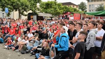 Bei den Spielen der Schweiz platzt das Public Viewing aus allen Nähten.