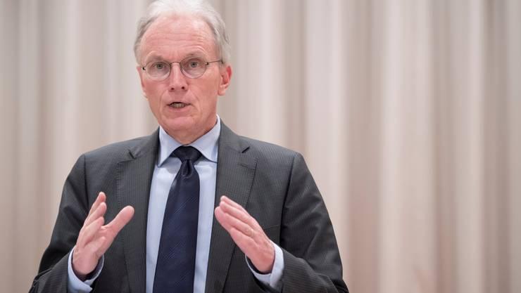 Hans-Ulrich Bigler, Direktor Schweizerischer Gewerbeverbandes SGV. Dieser fordert eine schrittweise Rückkehr zur Normalität.