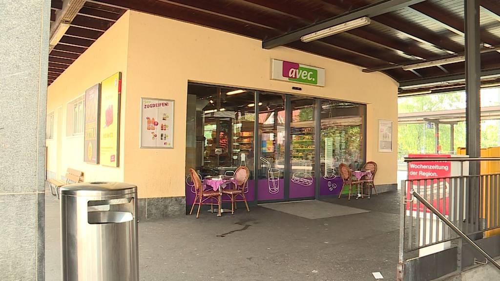 Nach Fussballspiel: Vermummte Solothurn-Fans bestehlen Avec-Shop