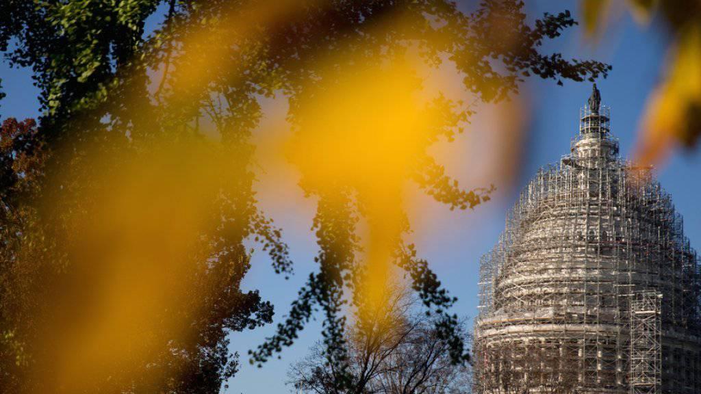 Das Capitol in Washington, das den US-Kongress beheimatet, in einer herbstlichen Aufnahme vom 4. November.