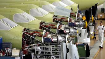 Trainingsflieger vom Typ PC-21 hat Pilatus unter anderem nach Saudi-Arabien geliefert. (Archiv)