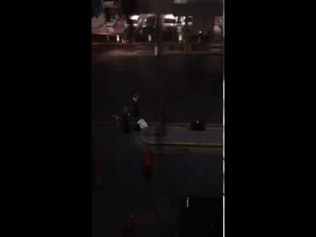 Dieses Video dokumentiert angeblich den Moment der zweiten Explosion.