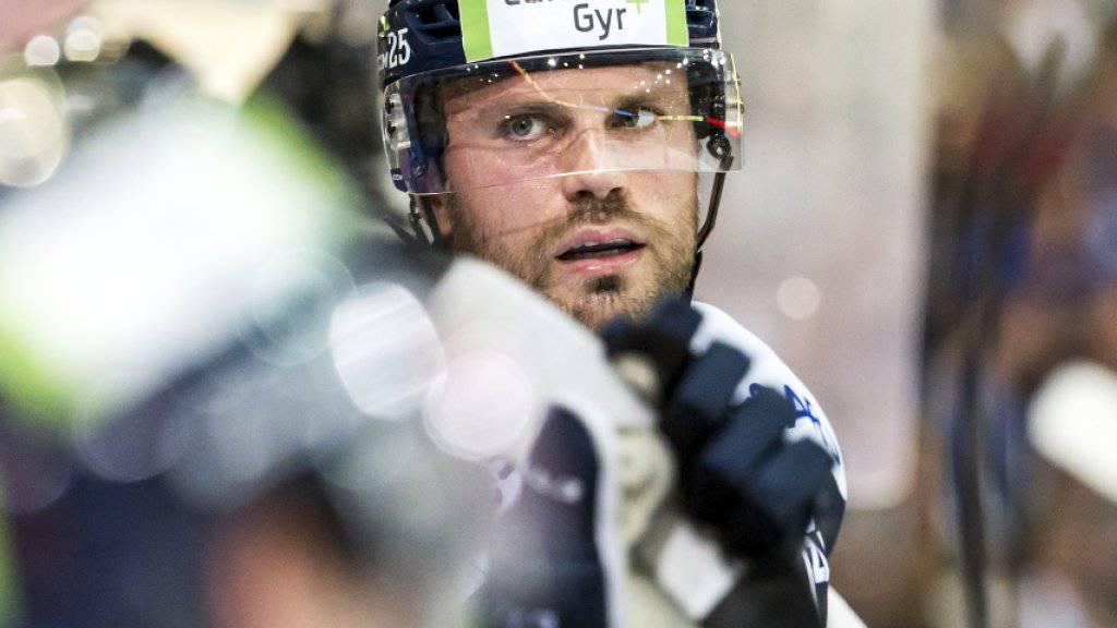 Stalberg zu Omsk in die KHL