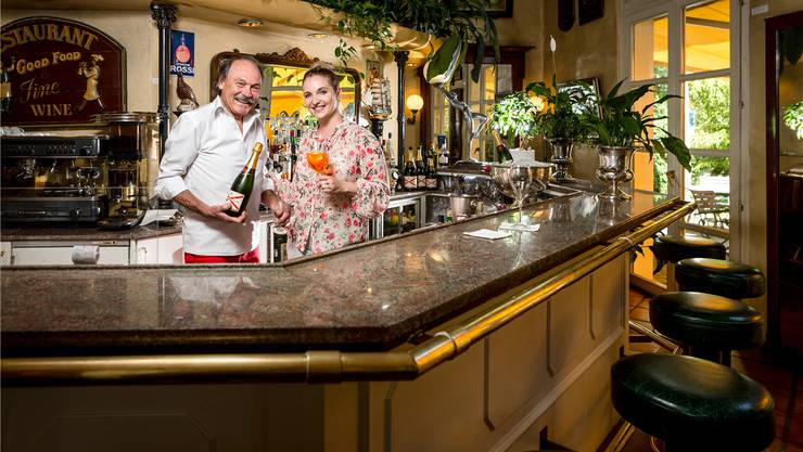 Statt in die riesigen kulinarischen Fussstapfen von Vater Heinz zu treten, wird Laura Witschi ab Januar im «Witschi's» eine Bar und Lounge führen. Bild: Sandra Ardizzone