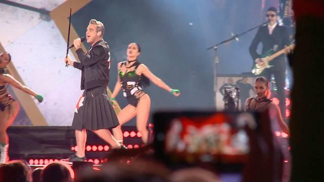 September: Robbie rockt die Schweiz