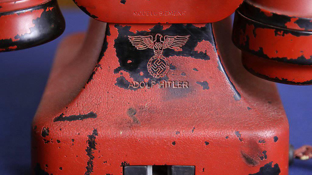 Das Telefon aus Hitlers Führerbunker wurde für 243'000 Dollar versteigert.
