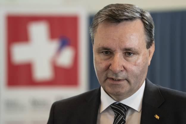 Werner Salzmann, Nationalrat SVP und Präsident Kanton Bern, vom Komitee gegen das neue Waffengesetz ist enttäuscht.