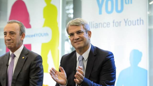 Laurent Freixe (rechts) informiert in Vevey über das Projekt