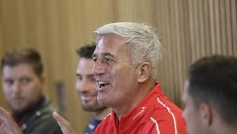 Vladimir Petkovic an der Pressekonferenz am Tag vor dem Spiel zwischen Irland und der Schweiz in Dublin
