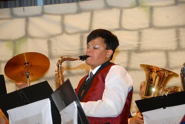 Marianne Leber, Saxofon, in der Glenn Miller Suite