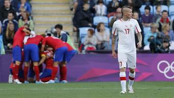 Nach der Enttäuschung über das verlorene Spiel entgleist Michel Morganella auf Twitter und beleidigt die Südkoreaner.
