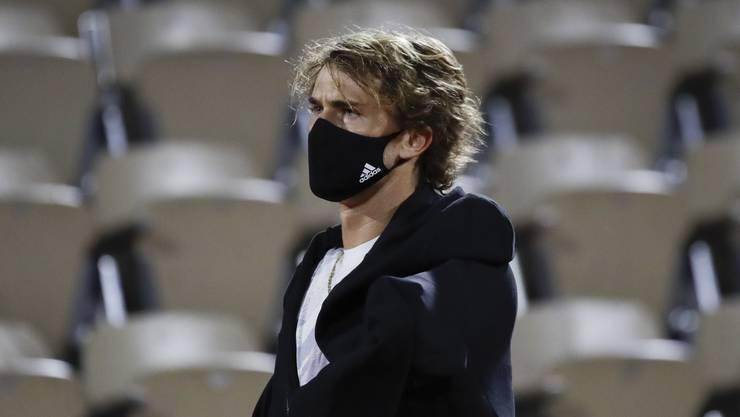 Alexander Zverev trat zu seinem Achtelfinal gegen den Italiener Jannik Sinner an, obschon er unter Fieber litt.