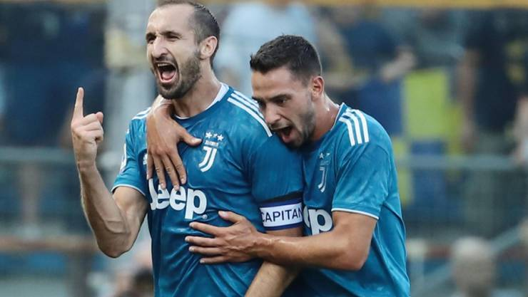 Giorgio Chiellini (links) nach seinem Siegestor für Juventus gegen Parma