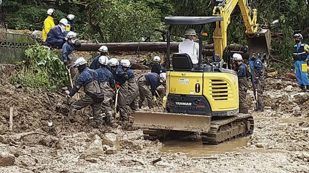 Mehrere Tote bei starken Regenfällen in Japan