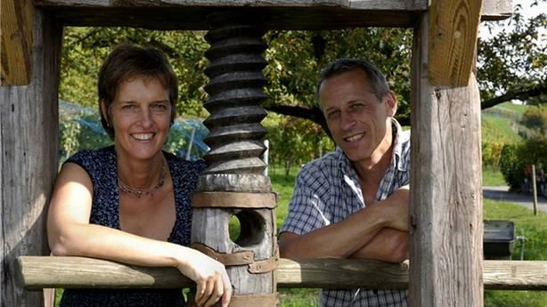 Verena und Kurt Huwiler produzieren heute Klosterwein.