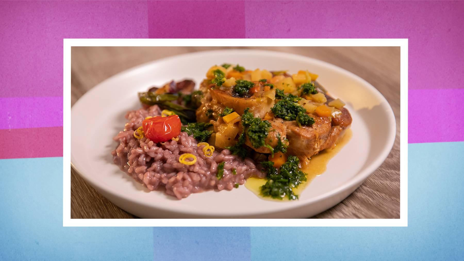 Kalbshaxe an Gremolata-Sauce, Barbera-Risotto mit Zitronenzesten und glasierten Bundzwiebeln