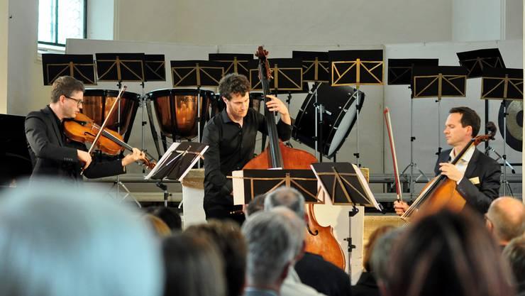 Zum 60ten gabs ein Jazz-Ständchen von den Klassik-Profis Hugo Bollschweiler (Viola), Kaspar von Grünigen (Bass) und Andreas Fleck (Cello)