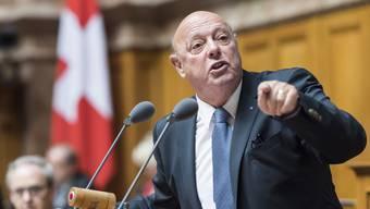 Der Aargauer SVP-Nationalrat Ulrich Giezendanner bringt mit Guido Graf einen neuen Namen ins Kandidaten-Karussell.