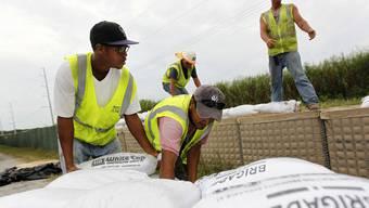 Tropensturm Isaac nimmt Kurs auf New Orleans