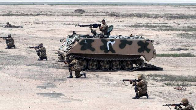 Pakistanische Soldaten während einer militärischen Übung (Archiv)