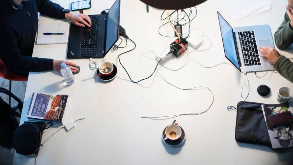 Bundesrat verordnet Beamten kollektive Büroarbeitsplätze
