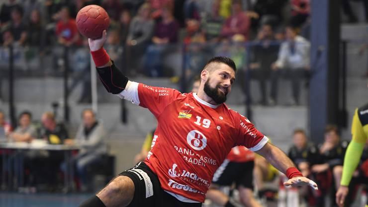 TVE-Kreisläufer Leonard Pejkovic fällt wegen einer schweren Schulterverletzung sechs Monate aus.