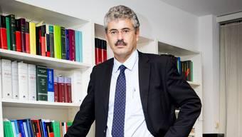 Stefan Suter, Anwalt und Basler SVP-Regierungsratskandidat, ist politisch ein viel umworbener Mann.