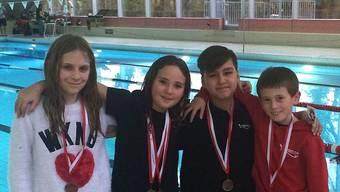 Medaillengewinner der Staffel v.l.n.r.: Sandrine Kuhn, Andreina Hofmann, Danyol Nisamov und Jens Oeschger.