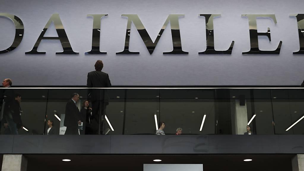 Daimler will Dieselmotoren bei Lastwagen und Bussen abschaffen. (Archiv)