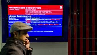 Im Oktober mussten Passagiere vermehrt mit Verspätungen im Bahnverkehr rechnen. (Symboblid)