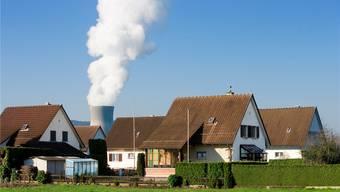 Verteilt werden die Jodtabletten im Umkreis von 50 Kilometern um ein Atomkraftwerk (im Bild Leibstadt). key