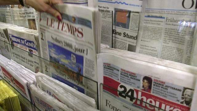 Schwankende Zahlen: Schweizer Zeitungen an einem Kiosk (Symbolbild)