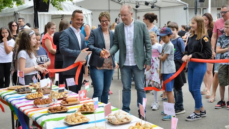 Eröffnunf des Jugendfests Kaiseraugst mit Markus Steim, Gemeindepräsidentin Francoise Moser und Frank Jonas