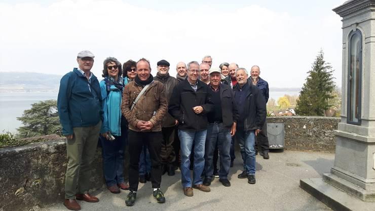 Mitglieder der beiden Imkervereine in Murten