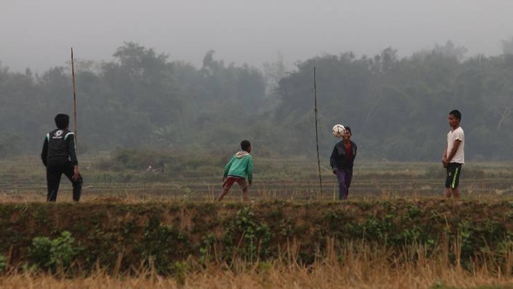 Woche 34: Die erste Woche in Laos_Das Land mit 6,5 Millionen Einwohnern ist verglichen mit China eine andere Welt.