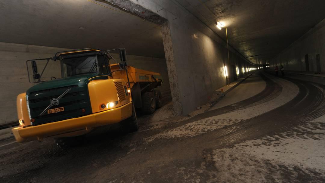 Ein Besuch in den Eingeweiden des Schönthaltunnels