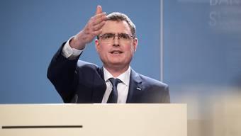 SNB-Präsident Thomas Jordan spricht heute zu den neuen Zinssätzen. (Archivbild)
