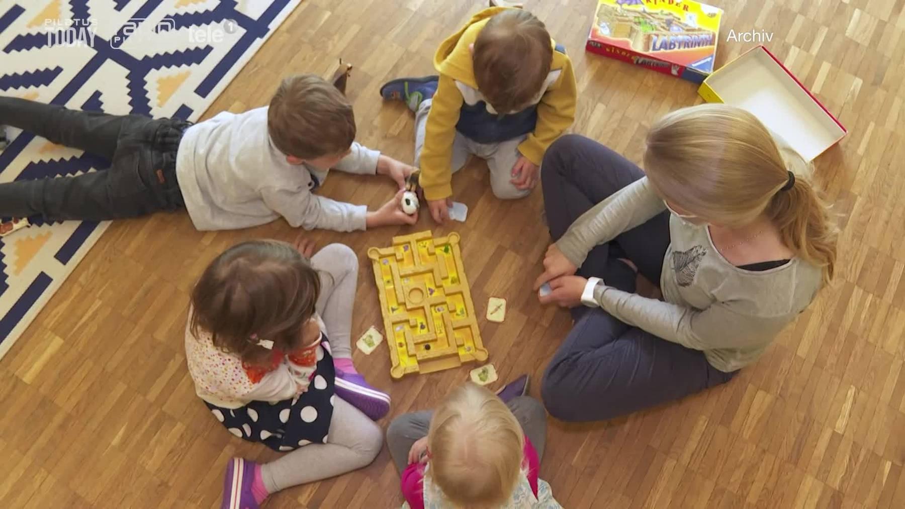 Thumb for ‹210525_N_BER_Luzern will bessere Kinderbetreuung›