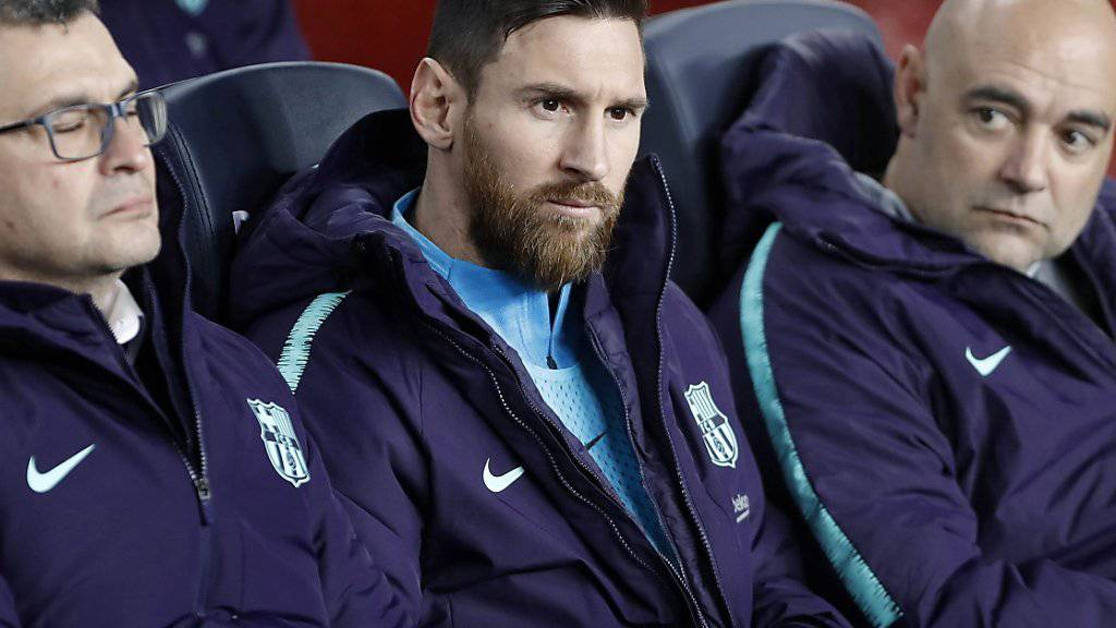 Ungewohnte Rolle in einem wichtigen Match: Lionel Messi auf Barcelonas Ersatzbank