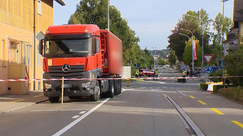 Kreuzlingen: 72-jähriger Velofahrer stirbt bei Kollision mit Lastwagen