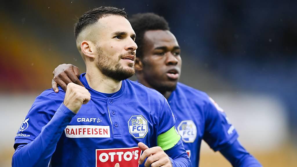 Luzerner Torfreude schon nach sechs Minuten: Torschütze Dejan Sorgic und Passgeber Ibrahima Ndiaye