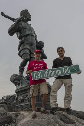 Wie könnte es anders sein? Die Statue steht am Wilhelm Tell Square mit der Nummer 1291.