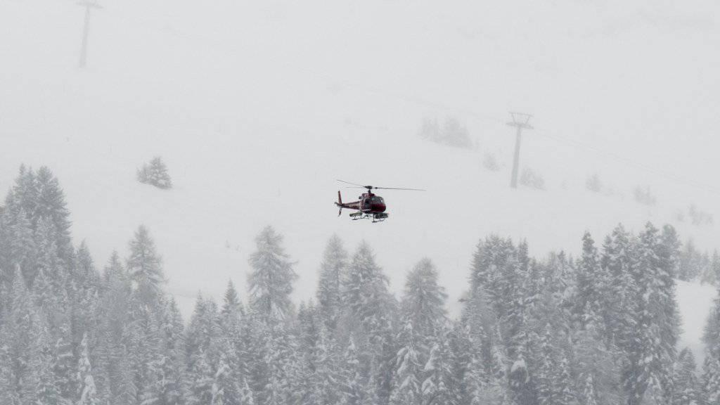 Nach dem Lawinenniedergang bei Fiesch im Oberwallis VS konnten drei Personen nur noch tot geborgen werden.