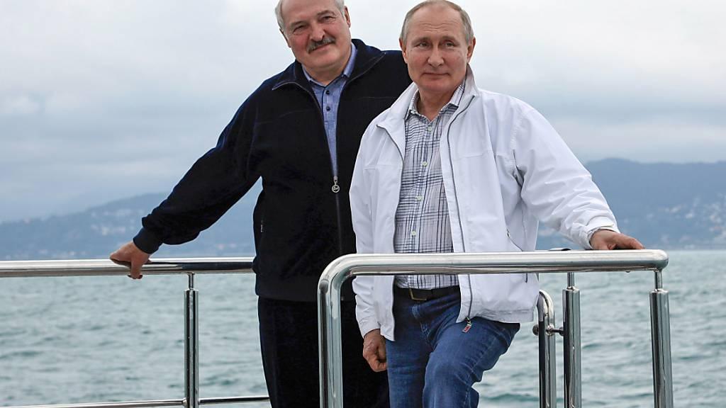 Putin hilft Lukaschenko mit Grosskredit - Westen macht weiter Druck