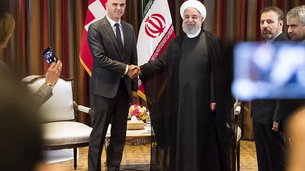 Viel Händeschütteln in New York: Bundespräsident Alain Berset kam am Mittwoch unter anderem mit dem Präsidenten der Islamischen Republik Iran, Hassan Ruhani, zusammen.