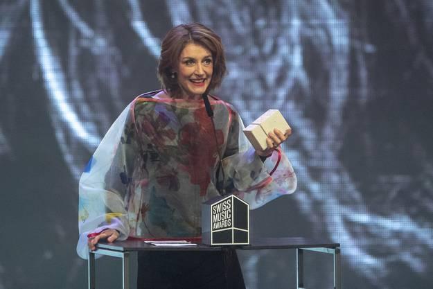 Als erste Frau ehren die SMAs Sina mit dem «Outstanding Achievement Award».